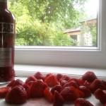 Erdbeeren und Erdbeervodka